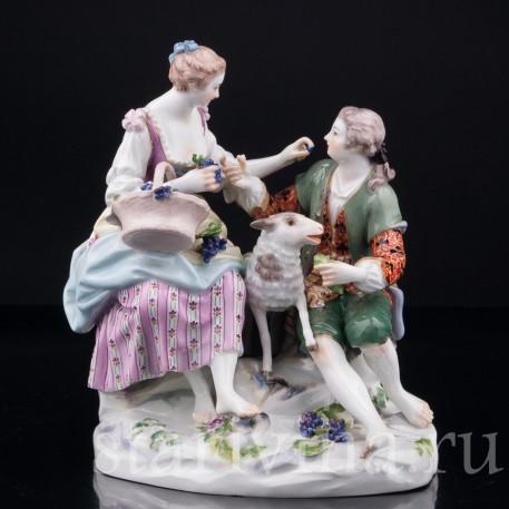 Фарфорвая статуэтка Пара виноградом и овечкой, Meissen, Германия, сер. 20 в.