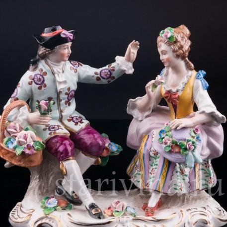 Фарфорвая статуэтка Пара с цветами, Sitzendorf, Германия, вт. пол. 20 в.