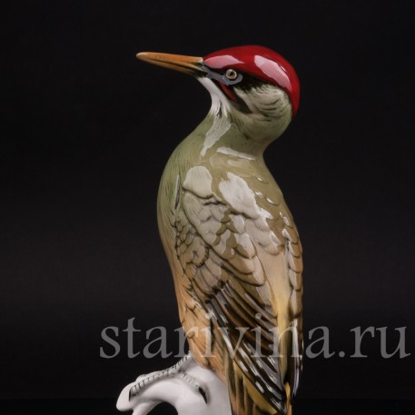 Фарфоровая статуэтка птицы Зеленый дятел, Karl Ens, Германия, сер. 20 века.