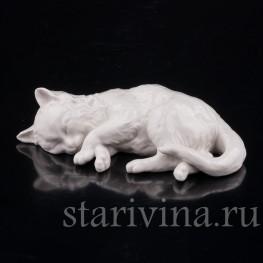 Фигурка из фарфора Спящий котенок, Nymphenburg, Германия, до 1991 года.